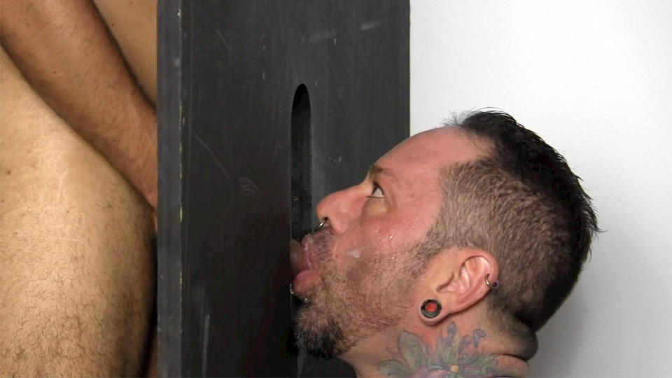 Straight men gloryhole